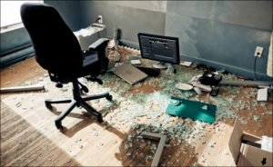 Your multi monitor desk should be durable